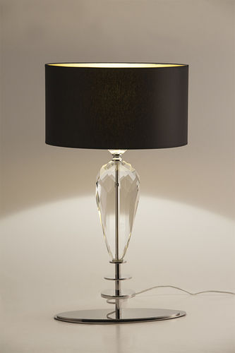 "Green Apple Table Lamp w/Shade ""Lopez"""