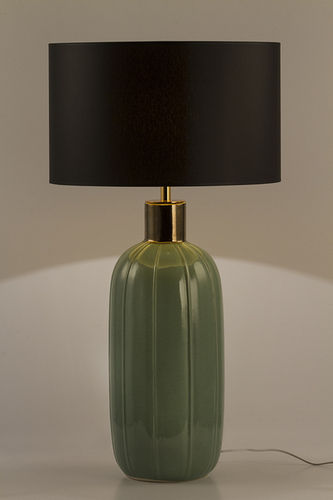 "Green Apple Table Lamp w/Shade ""Garcia"""