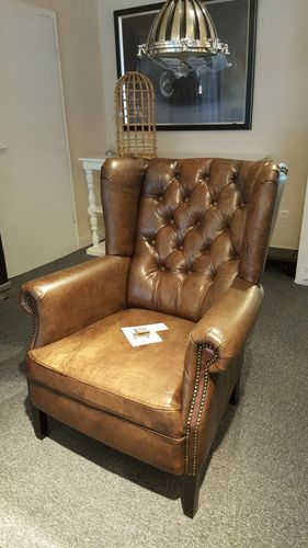 Hazenkamp Kingston Chesterfield Deluxe dark brown vintage Buffalo Leather SHOWROOM