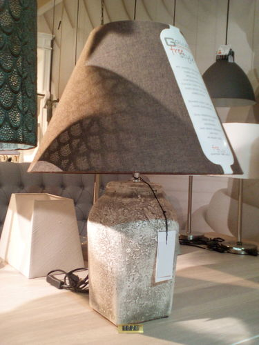 Light & Living Ø20x39 cm HEKLA small aged stone + Schirm Ø45 cm braun* Showroom Bad Ems